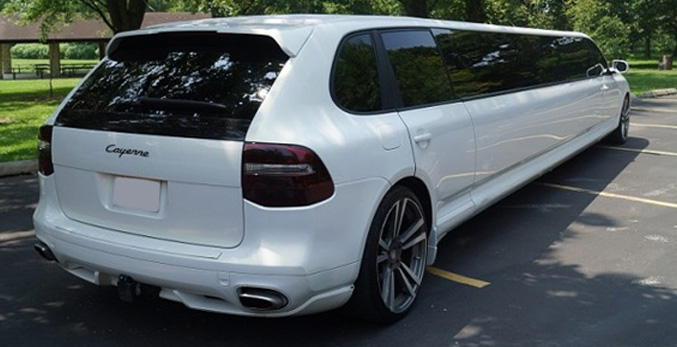 porsche limo hire nottingham porsche cayenne white wedding limo leicester derby. Black Bedroom Furniture Sets. Home Design Ideas