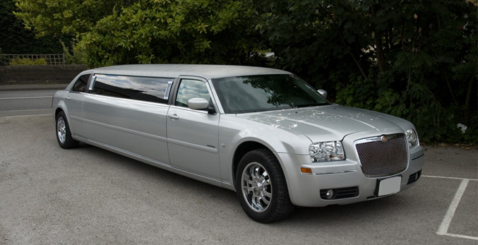 Chrysler 300 limo hire Mansfield